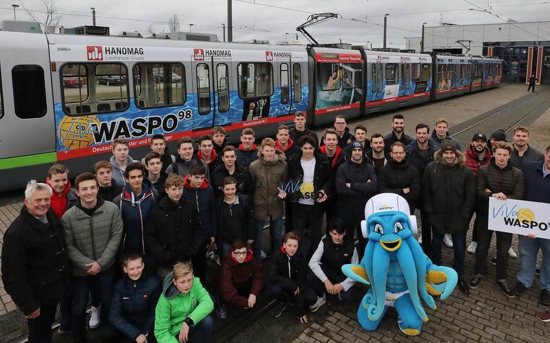 """Sportbuzzer: Waspo und White Sharks setzen eine """"Friedens-Bahn"""" aufs Gleis"""